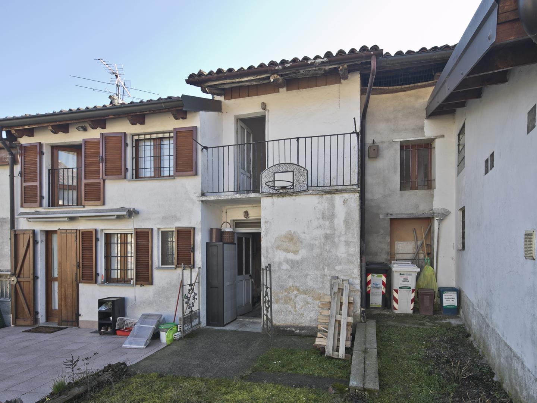 Pecetto Torinese (TO) Via Mogna, 6