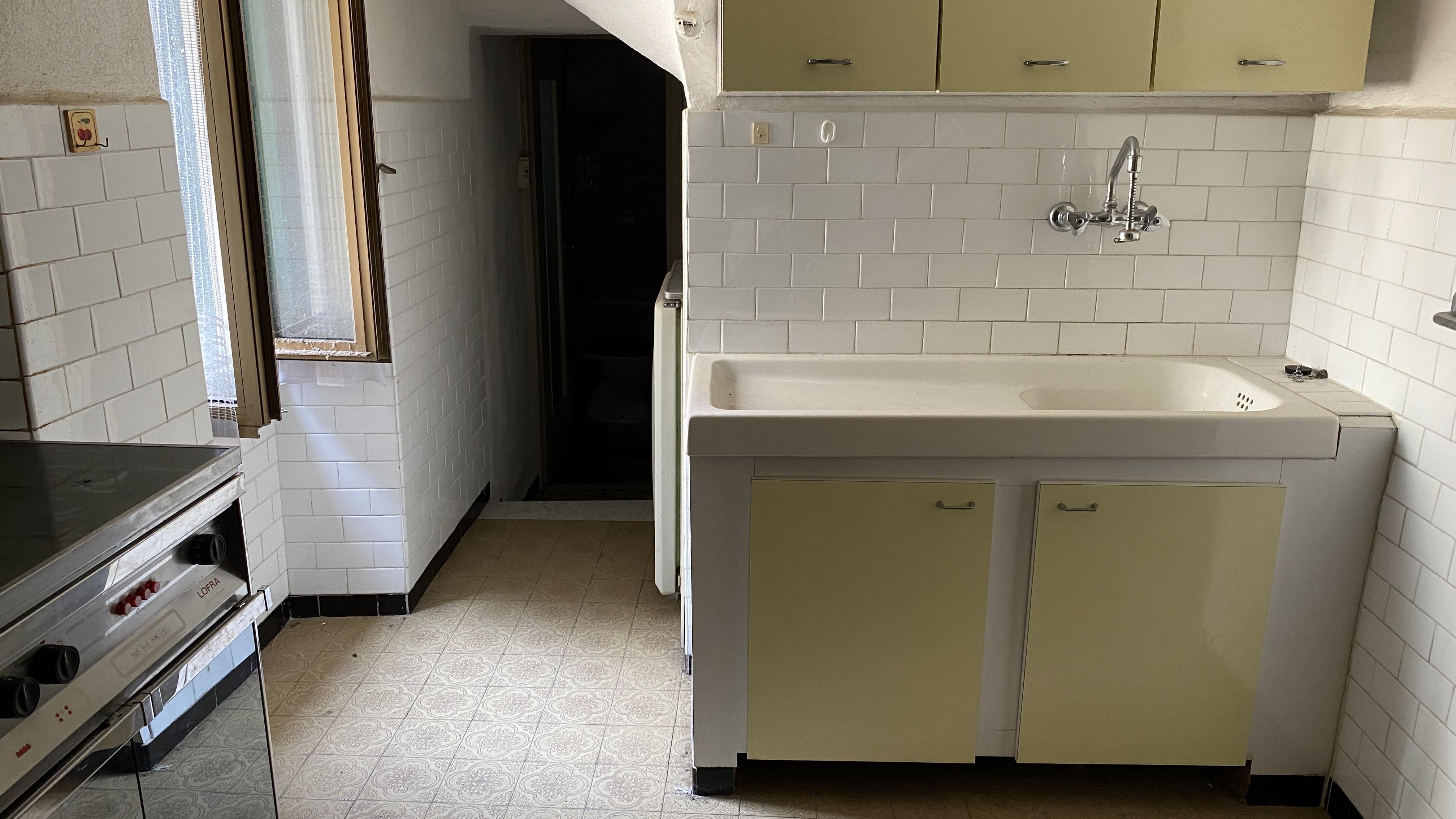 Appartamento con magazzino/box a Perinaldo (IM)