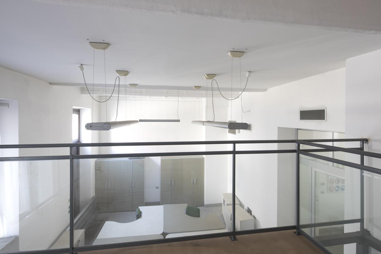 Loft con soppalco, box auto doppio e ampia cantina.
