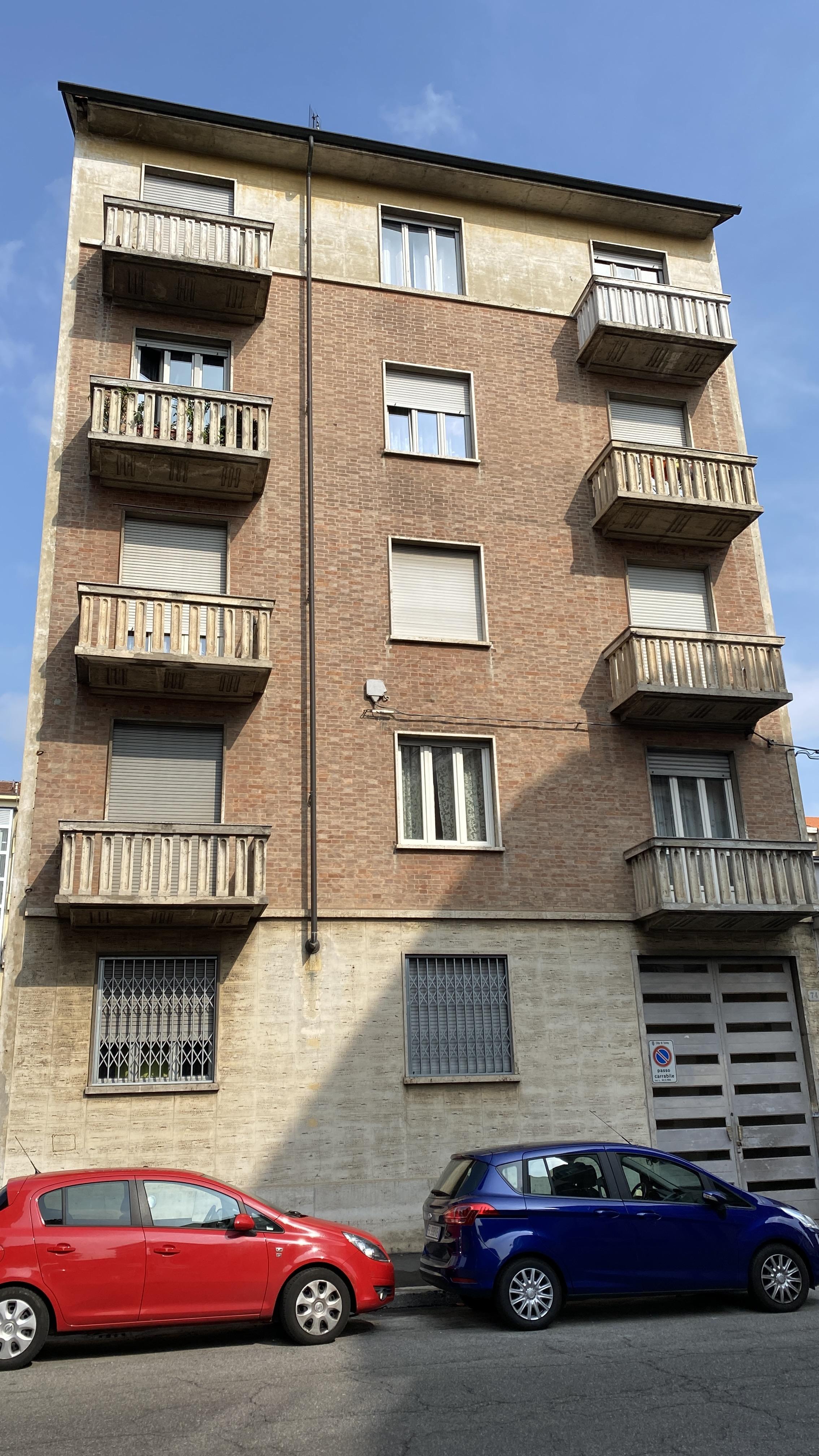 Via Asinari di Bernezzo, 74 Torino zona Parella